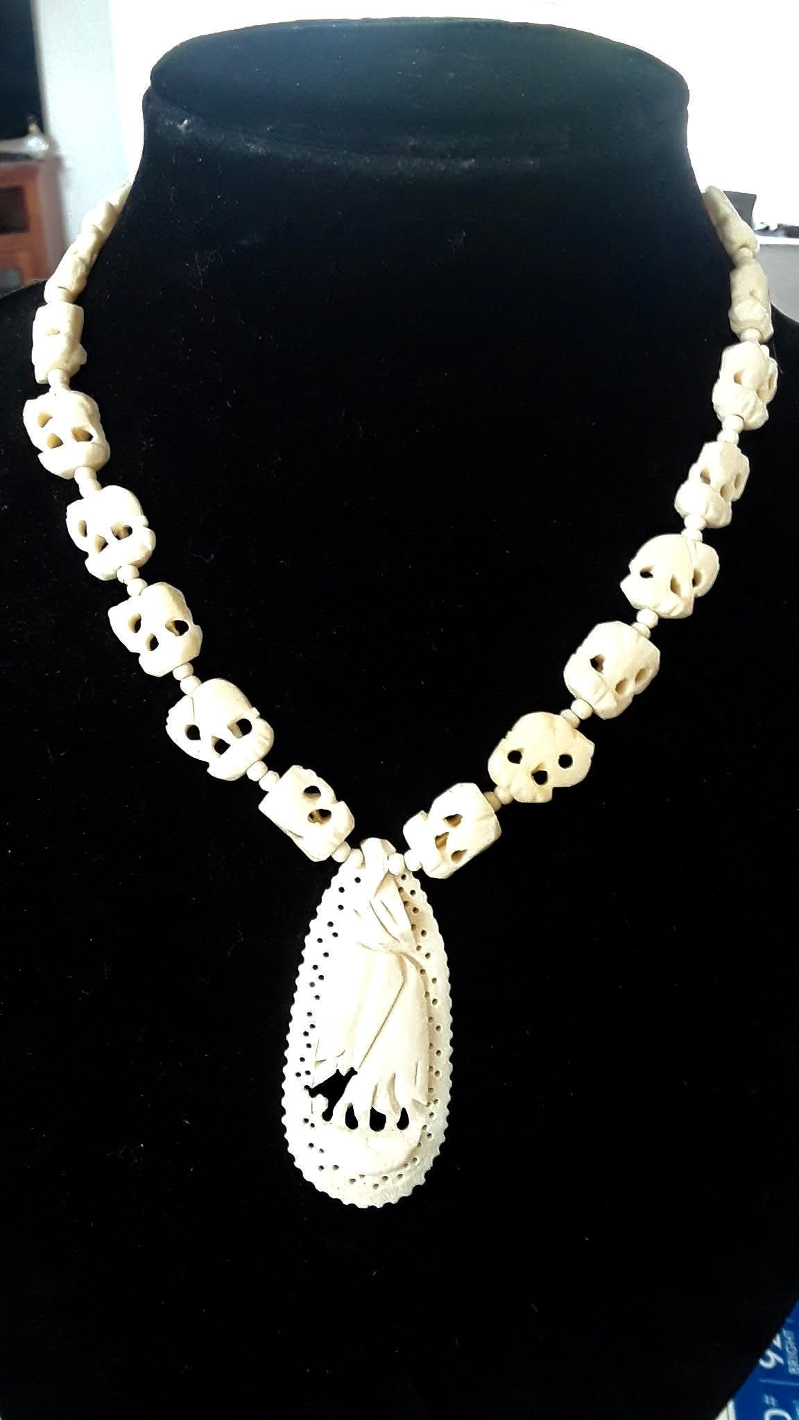 Vintage Carved Elephant Necklace Pendant Ivory Color Carved Bone Vintage 1950s Or Older Estate