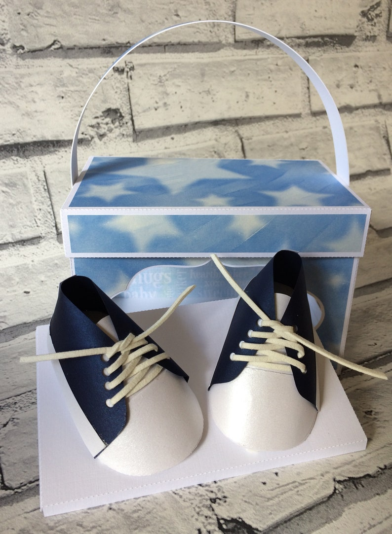 Baby Boys converse style, trainer shoe 3d papercraft model in presentation  box Studio, SVG and FCM for Scan n Cut