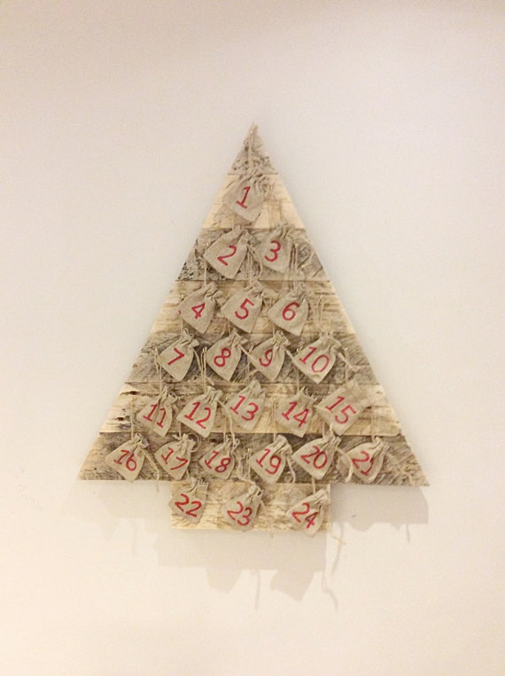 Wooden Christmas Trees.Wooden Christmas Tree 24 Days Of Christmas Advent Calender Pallet Tree Childrens Advent Calender Burlap Jute Bag Calender Recycled Pallet