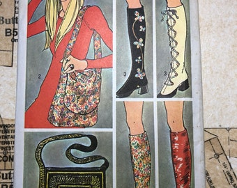 VINTAGE 70's Purse and Boot Cover Sewing Pattern Simplicity 9553 S9553 Messenger Bag Spats Shoe Lace Up Zipper Zip Up Cosplay Costume Boots