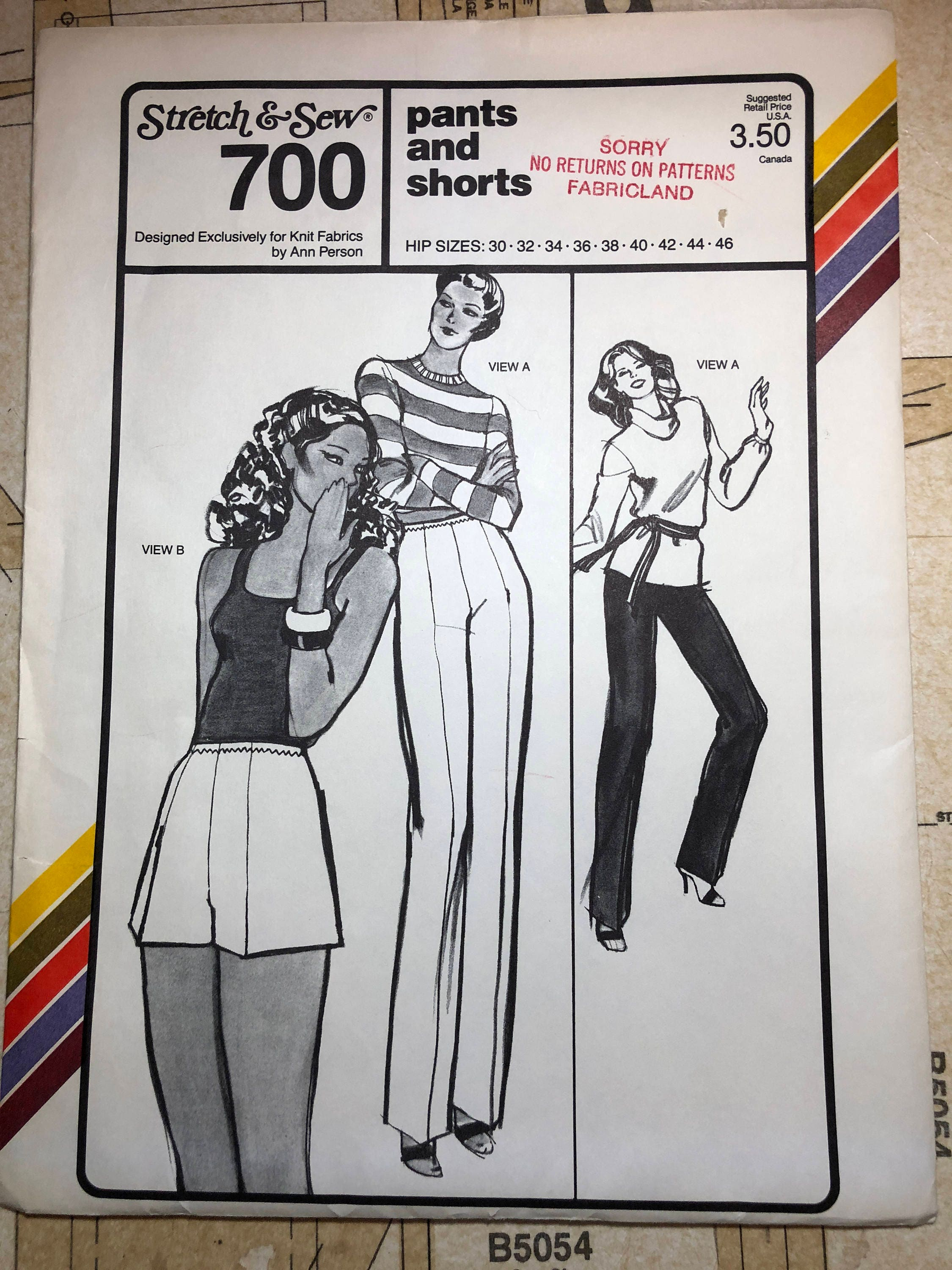 UNCUT Pants and Shorts Sewing Pattern Stretch and Sew 700