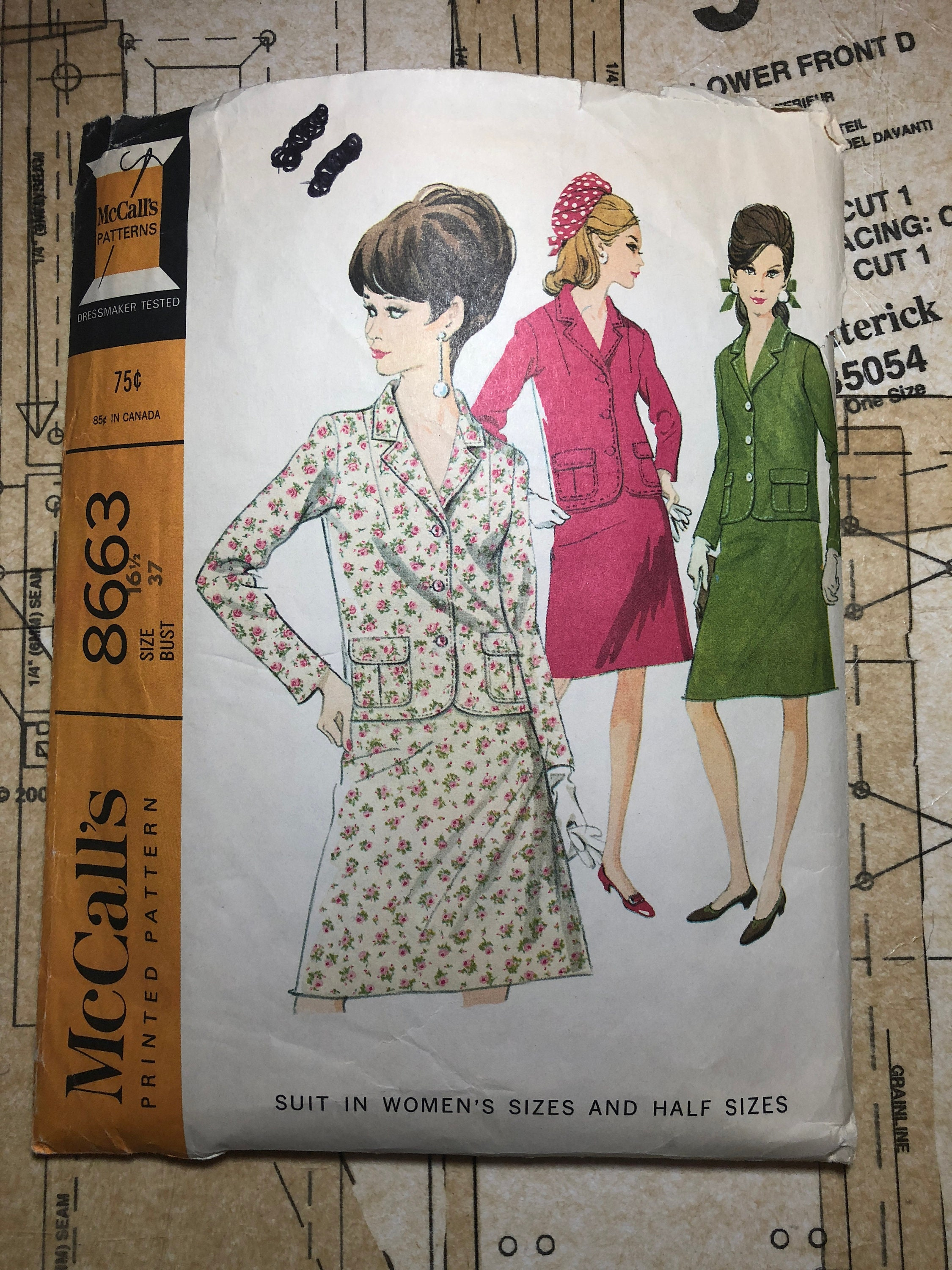 248147f55e Vintage 60s Skirt Suit Sewing Pattern Size 16 1/2 Bust 37 | Etsy