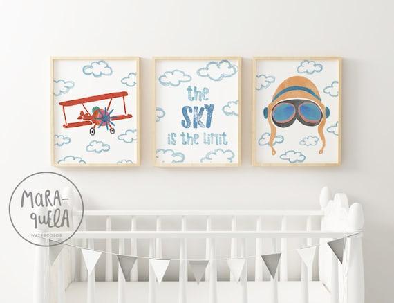 SET infantil PILOTO AVIADOR - Biplano, cielo con texto y casco/ Aviator Set: Biplane, the sky is the limit and aviator helmet
