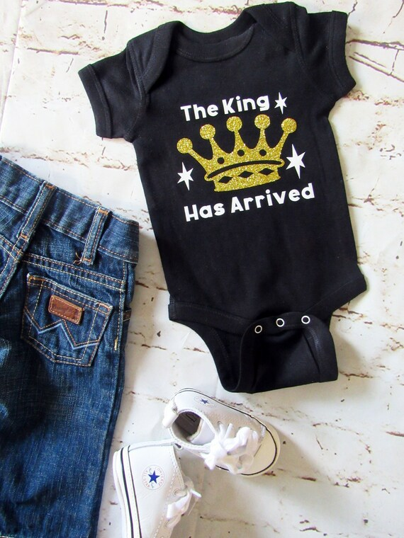 09c054deb The King Has Arrived  Baby Boy Bodysuit  Gold Glitter Crown