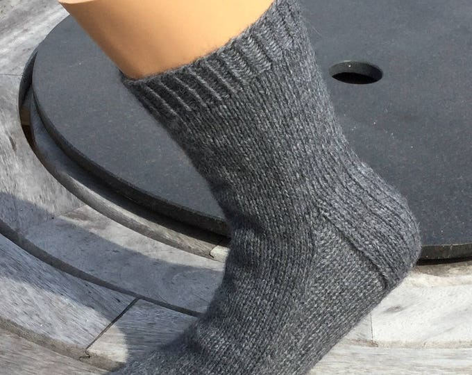 Cashmere socks by Willow Luxury ( custom made to fit your size from UK 4 to 7, US 6 to 8, European 37 to 40)