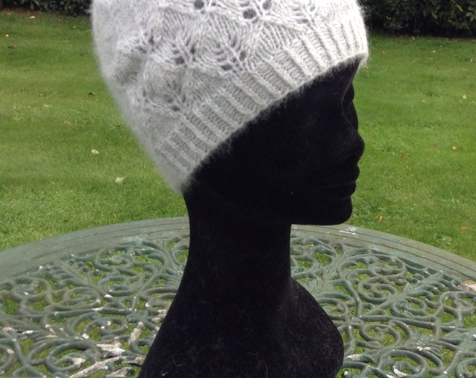 Cashmere beanie hat, light grey with lace detail by Willow Luxury ( one size)