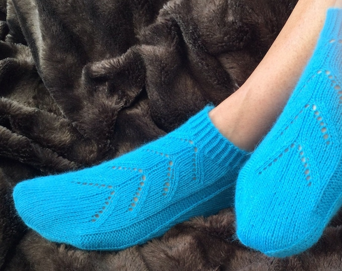 Ladies pure cashmere turquoise handmade footsie socks by Willow Luxury ( to fit ladies shoe size UK 4-6, US 6-8, European 37-39)