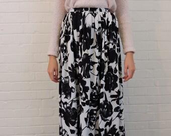 Vintage Black & White Midi Skirt by Wallis