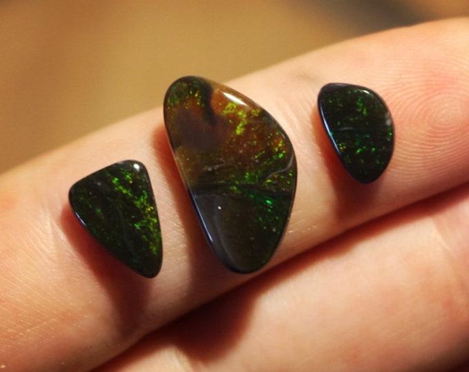 Lightning Ridge Solid Seam Opal Parcel