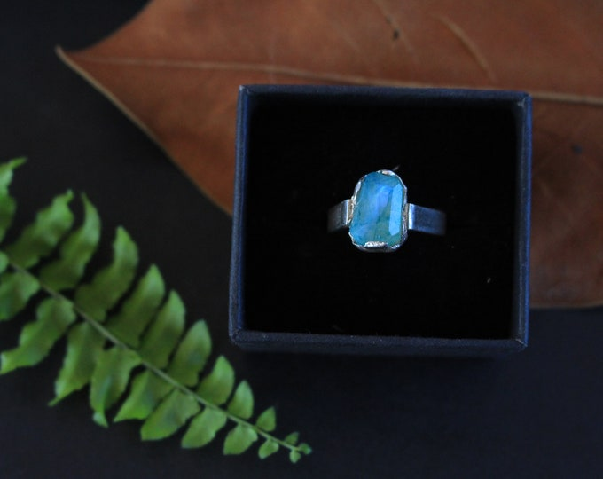 Green/Teal facetted nugget Moonstone Ring.