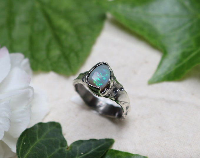 Lightning Ridge Crystal Opal and Sterling Silver Ring