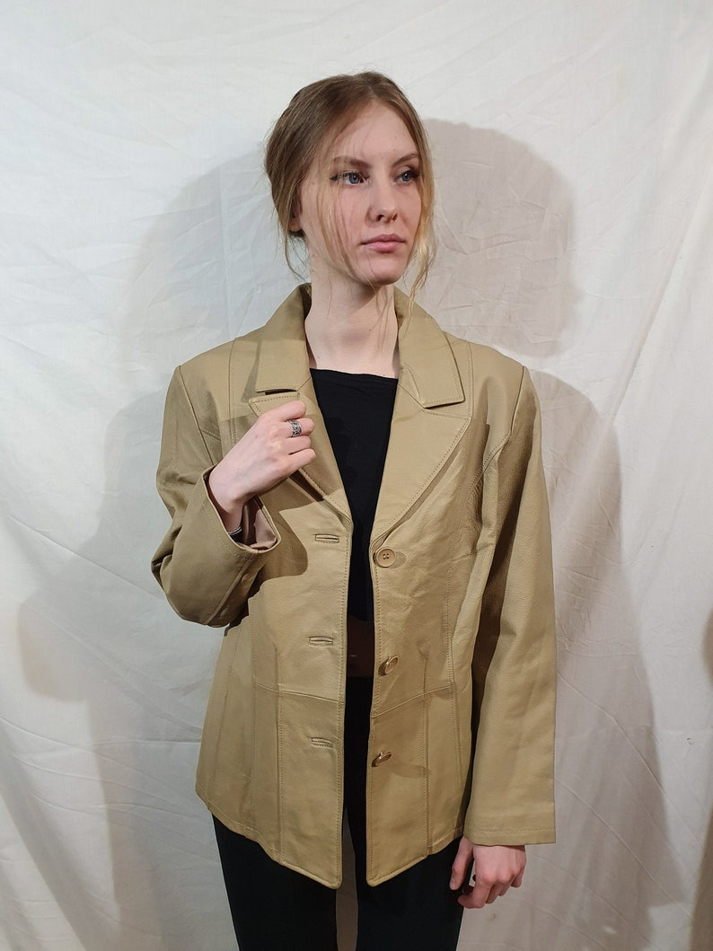 Light brown women/'s jacket made of genuine leather Jacket/'s brand is JOY Button-down jacket Women/'s leather jacket