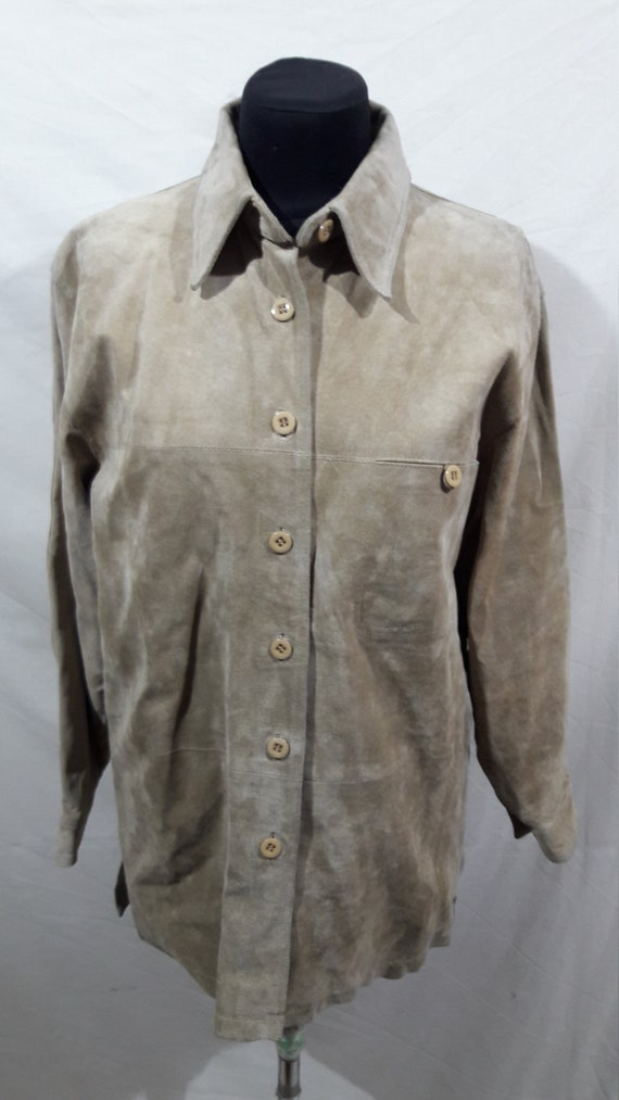 Nice shirt for women made of genuine suede. Beige