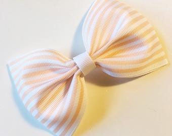 Oversized muslin summer bow ~ Peach
