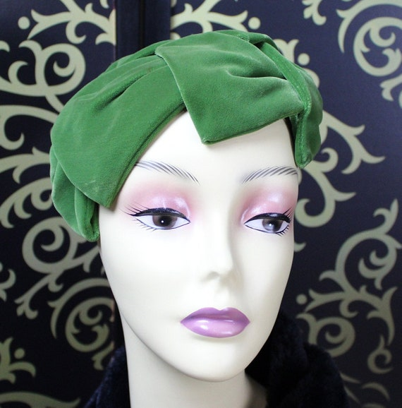 Green Velvet Fascinator Hat - Women's Fall/Winter