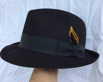 Mid century black Fedora with feather embellishment. Size 7 Genuine Fur  Felt hat made in Canada by Society Club Imperial. Mens black fedora. db953a8d83c1