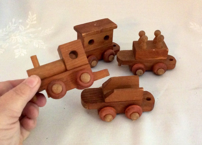 Vintage Handcrafted Wooden Train 4 In 1 Wooden Toy Train Hand Crved By The Wooden Toy Company Canada Toy Train