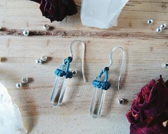 Raw Crystal Earrings / Silver and Macrame Earrings with Quartz Crystal / Natural Gemstone Earrings / Quartz Points Earrings / Quartz Jewelry