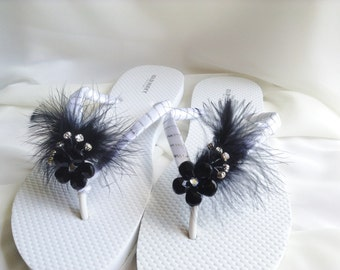 2c3c3297a610 Black and White Bridal Flip Flop Black Feathers Wedding Flip Flops  Bridesmaid Flip Flops Beach Wedding Sandals