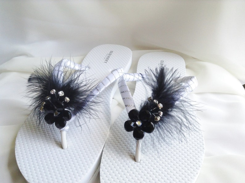 f463a60c7d34a Black and White Bridal Flip Flop Black Feathers Wedding Flip | Etsy
