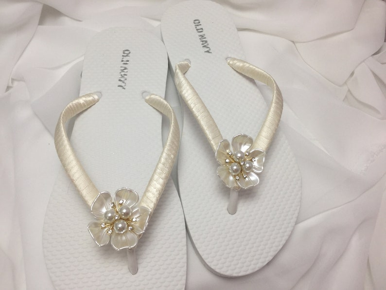 8e2efe7159a Ivory Bridal Pearl Flip Flop Bridal Rhinestones Sandals