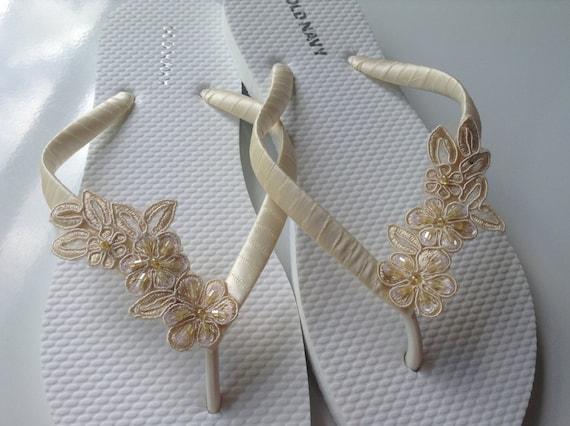 b211e47518a9 Ivory Bridal Flip Flops Bridal Lace Sandals Braidsmaid Flip