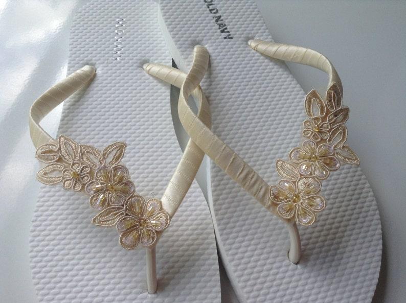 dd3a155d8 Ivory Bridal Flip Flops Bridal Lace Sandals Braidsmaid Flip