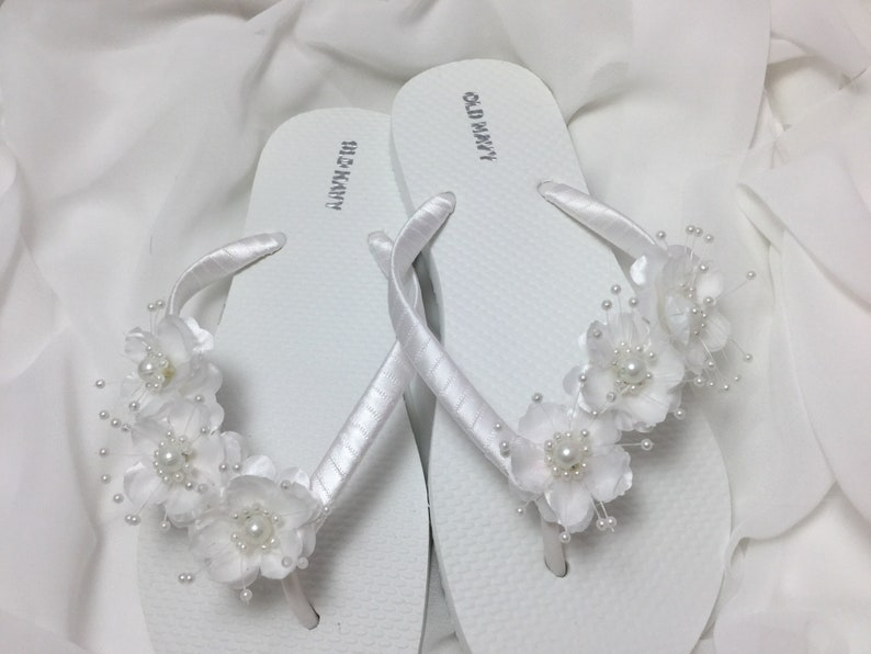 ddfcdd4c217f94 Bridal Flip Flops White Flower Wedding Sandals Flower Flip