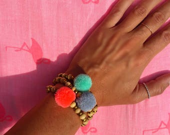 Tassel bracelet - Bracelet - gift women Bracelet - tassel Bracelet - coral Bracelet - Beach wood crystal - gift her - Lily & Koh