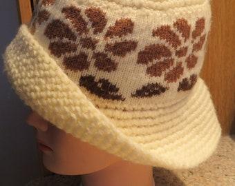 Contessa CLOCHE Vintage, Cream/Brown Floral ACRYLIC, Small/Medium (#14J)