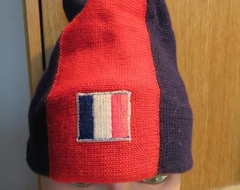 igloo TOQUE BEANIE, 100% Wool, Navy Blue/Red/White, Small/Medium (#622)
