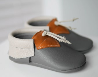 Leather Baby Shoes Unisex Crib Booties