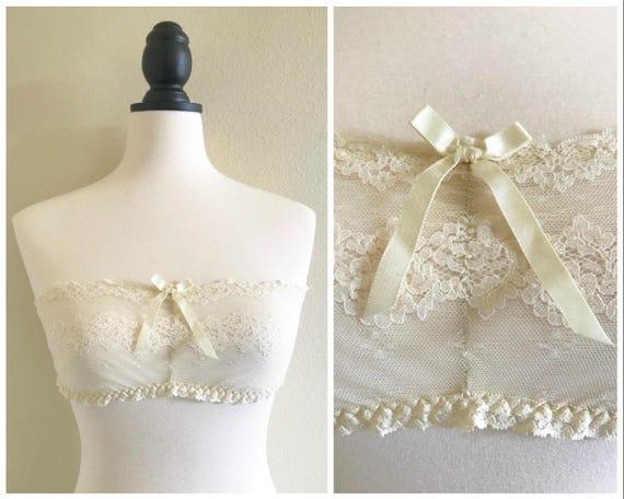 2086ceaea9cff Vintage 1970s Cream White Lace Elastic Strapless Bralette Bra