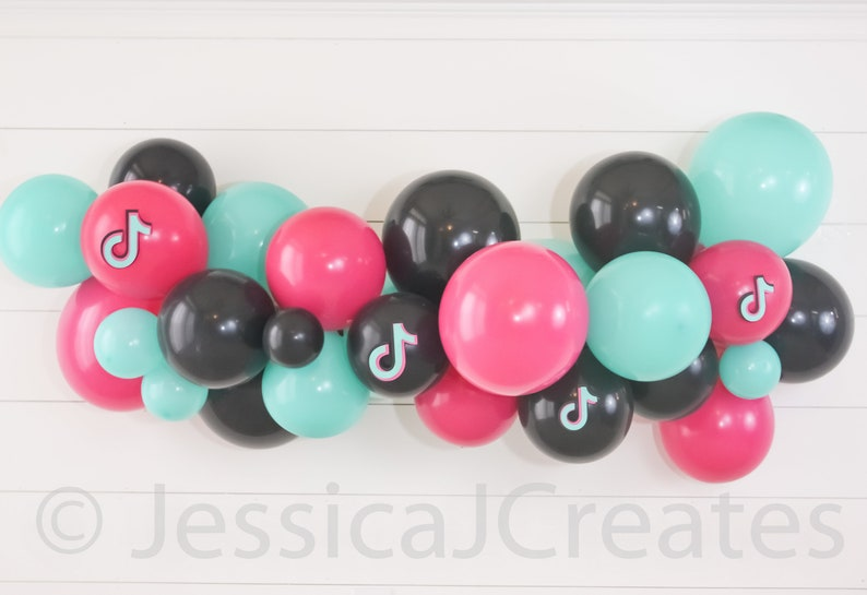 Tik Tok Balloon Garland
