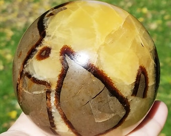 Septarian Nodule, Septarian Sphere, Septarian Dragon Stone, Septarian crystal