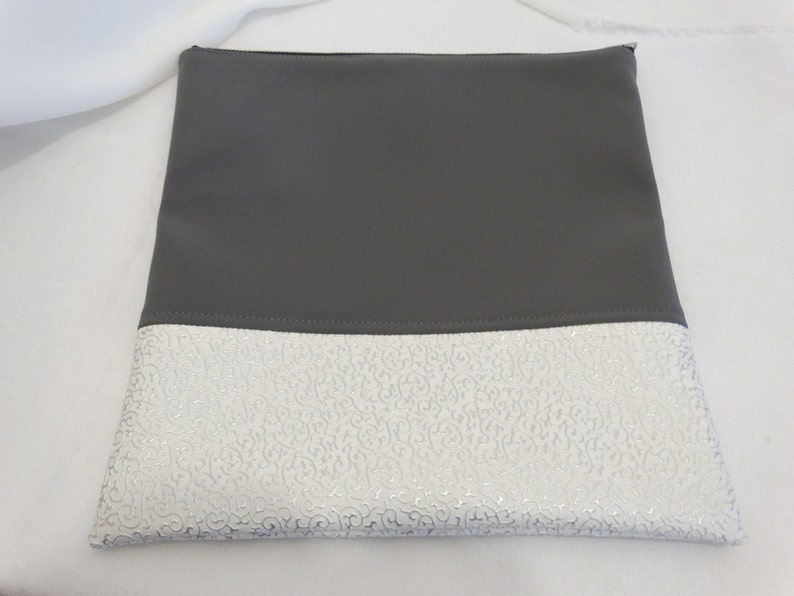 grey and white clutch evening bag,cosmetik pouch. vegan leather clutch