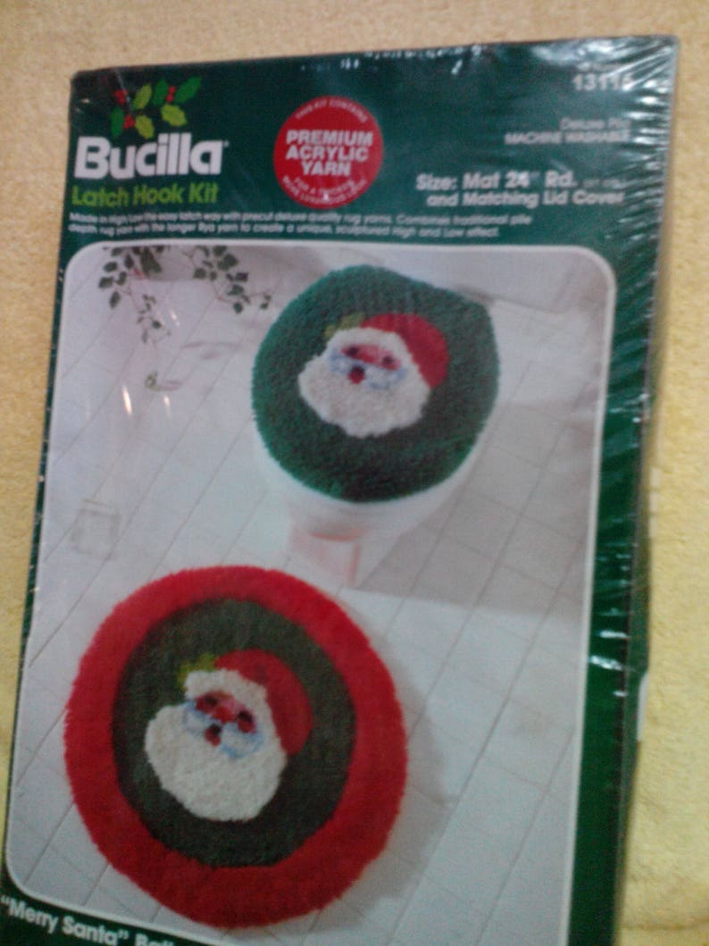 Latch Hook Kit 2 Piece Santa Bath Rug And Toilet Cover Or Wall Hangings By Bucilla Vintage