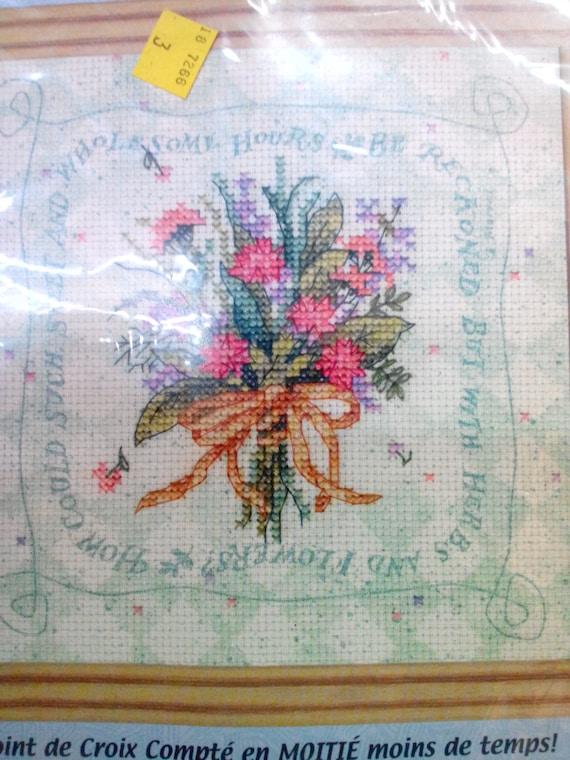 """Dimensions Stamped Cross Stitch Kit 14/""""X12/""""-Hummingbird /& Fuchsias"""