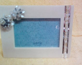 Picture Frame, Love in bloom, 4in x 6in  picture, can be used Horizontal or Vertical, Vintage