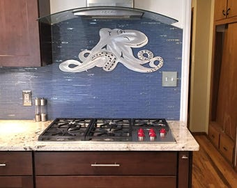 Octopus art. Metal wall art. Ocean animal Wall hangings, Saltwater Series. Hand cut, scuba diving, Dive Boat.  Beach Decor, Tropical, Hawaii