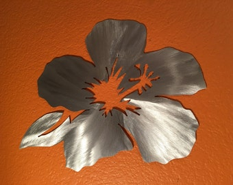 Hawaiian Hibiscus Flower Metal Wall Art Hawaii Tropical Artwork Maui Honolulu Outside Patio Decor Vacation Birthday Anniversary Gift Idea