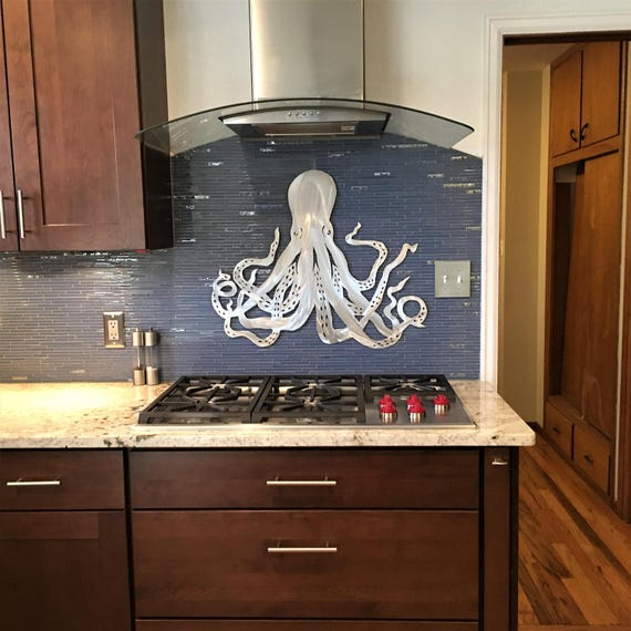 Octopus Metal Wall Art. Tropical Beach Decor. Ocean Life. Gift for scuba diver. Handmade Artwork. Hawaiian vacation