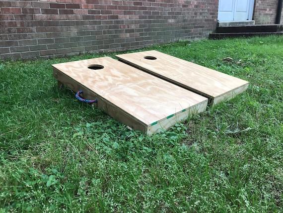 how to make a corn hole board