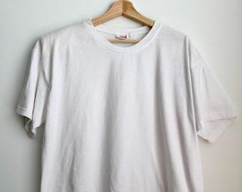 2f7bfc12 Vintage White Shoulder Pad T-shirt OSFA