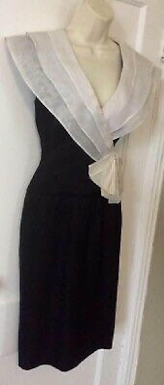 Albert Nipon Vintage Dress - BlackIvory Color-blo… - image 2