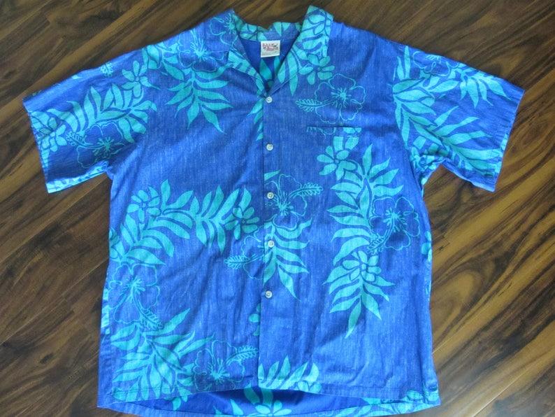 fdf47952 Mens Hawaiian Shirt Barefoot in Paradise 60s Hibiscus | Etsy