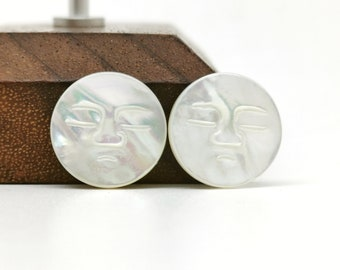 2 Pieces 15mm White Mother of Pearl Moon Face With Closed Eyes Round Cabochon