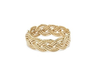 Hannah ring - beautiful gold braided ring