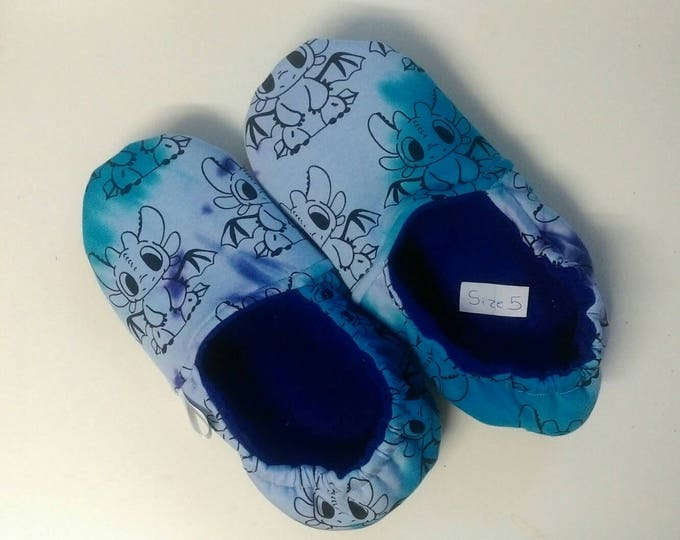 Adult Slippers - UK Size 5 - RackenzieZ - Custom - Ready Made - Dragons - Purple - Blue - Fluffy