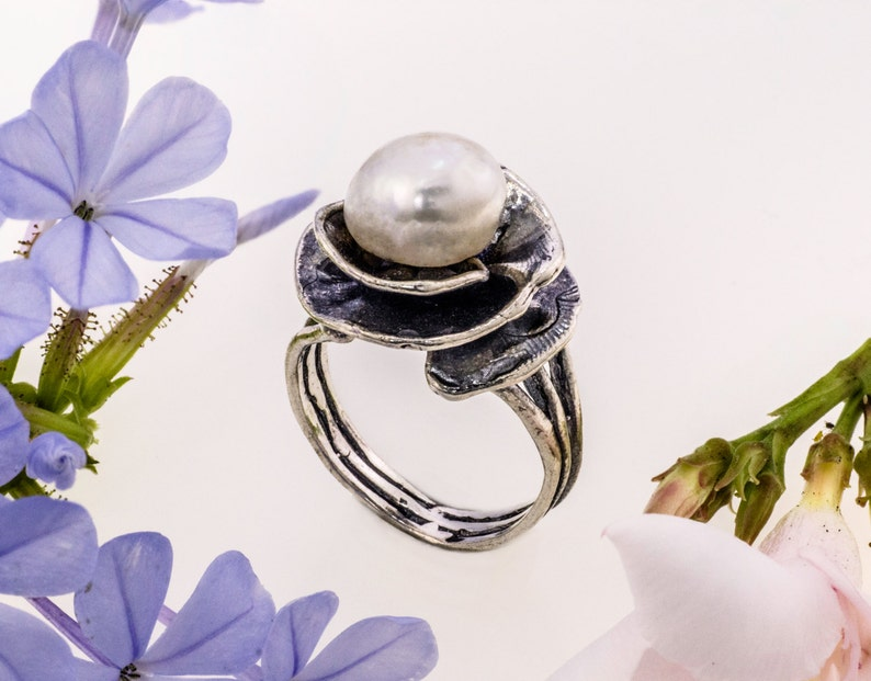 June Birthstone Ring Sterling Silver and Pearl Ring Handmade Summer Ring White Pearl Ring Fashion ring White Ring